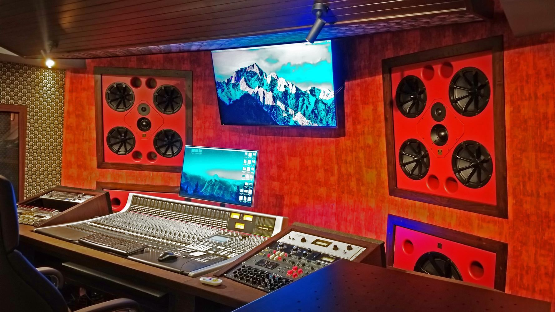 Siddharth & Shankar Mahadevan - Lambodara Studio