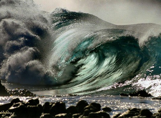 The ocean and its waves