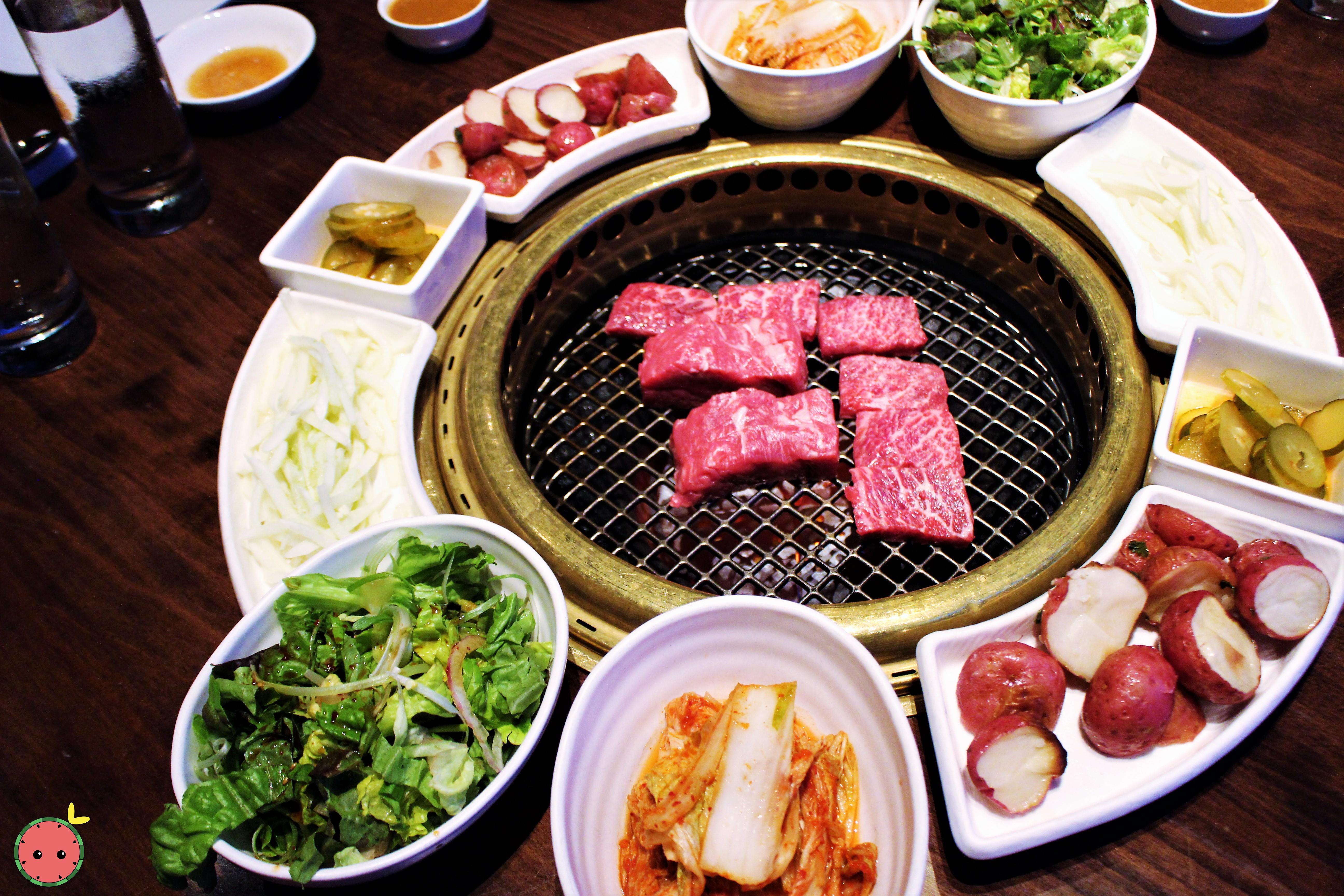 Combo 1 BBQ - Seng galbi, marinated galbi, bulgogi, ribeye