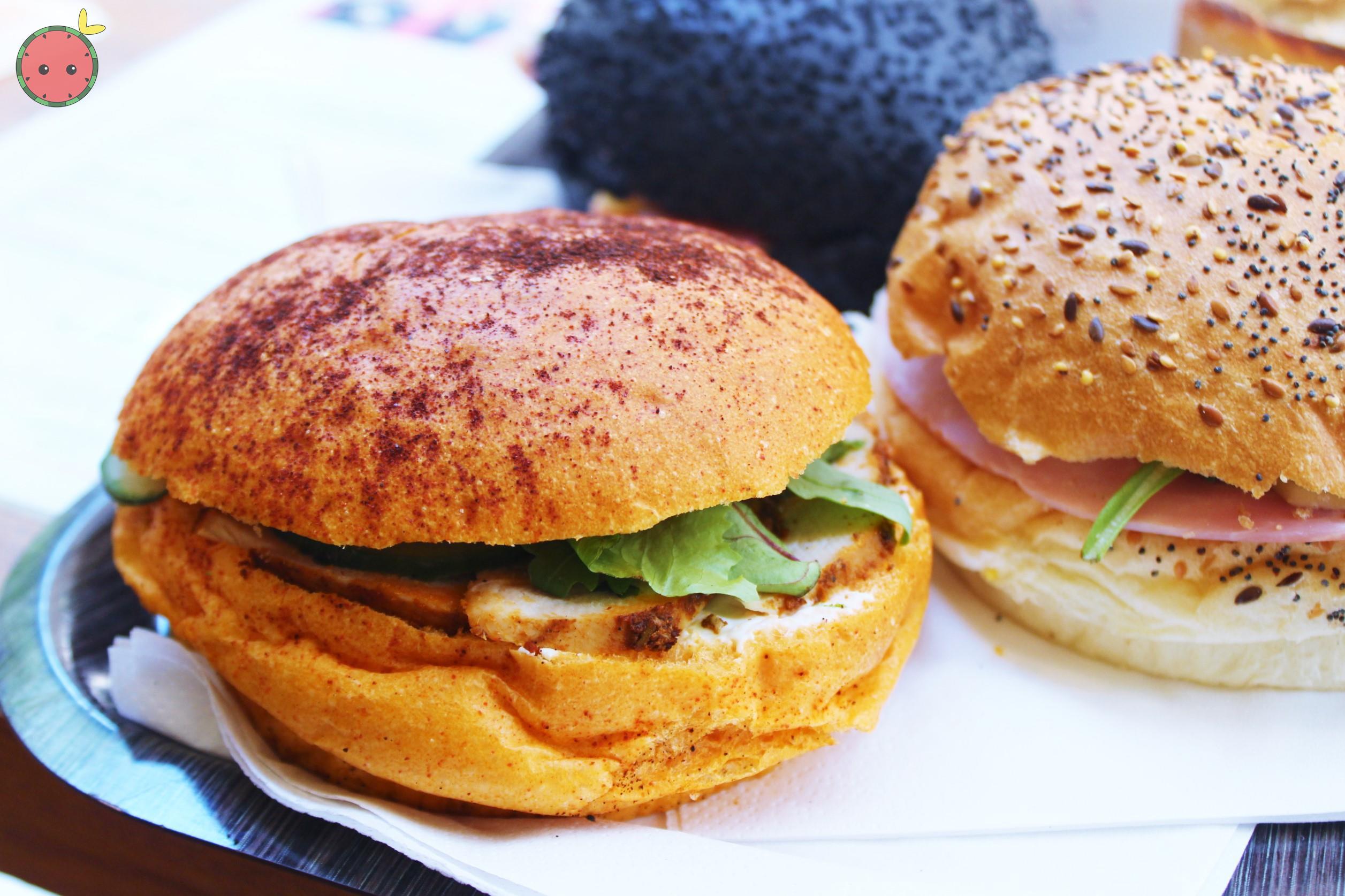 Tandoori Chicken Sandwich with Paprika Bread