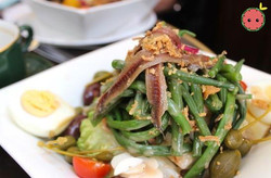 Salad with anchovies and green beans