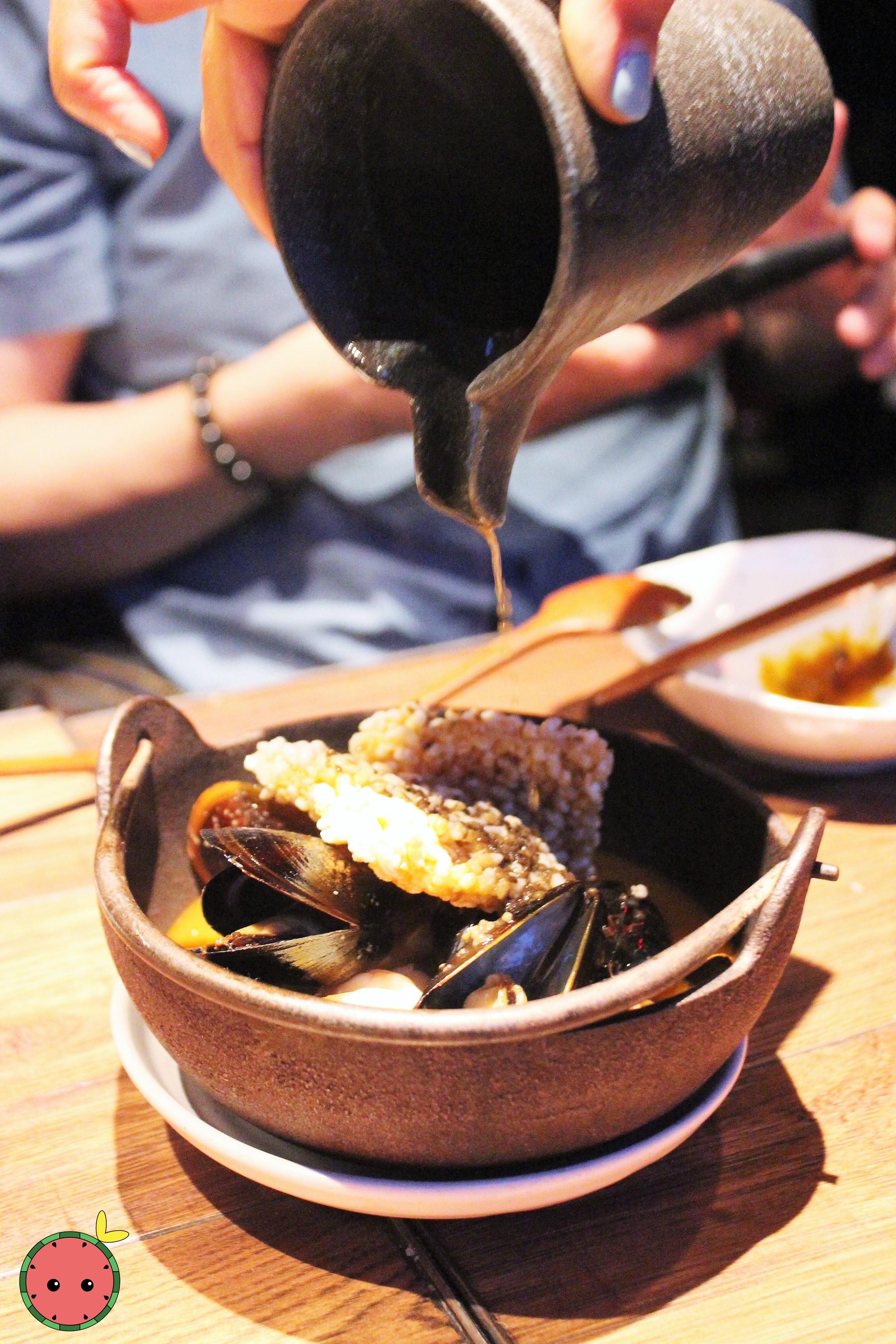 Truffle Seafood Broth with Sizzling Crispy Rice (1)