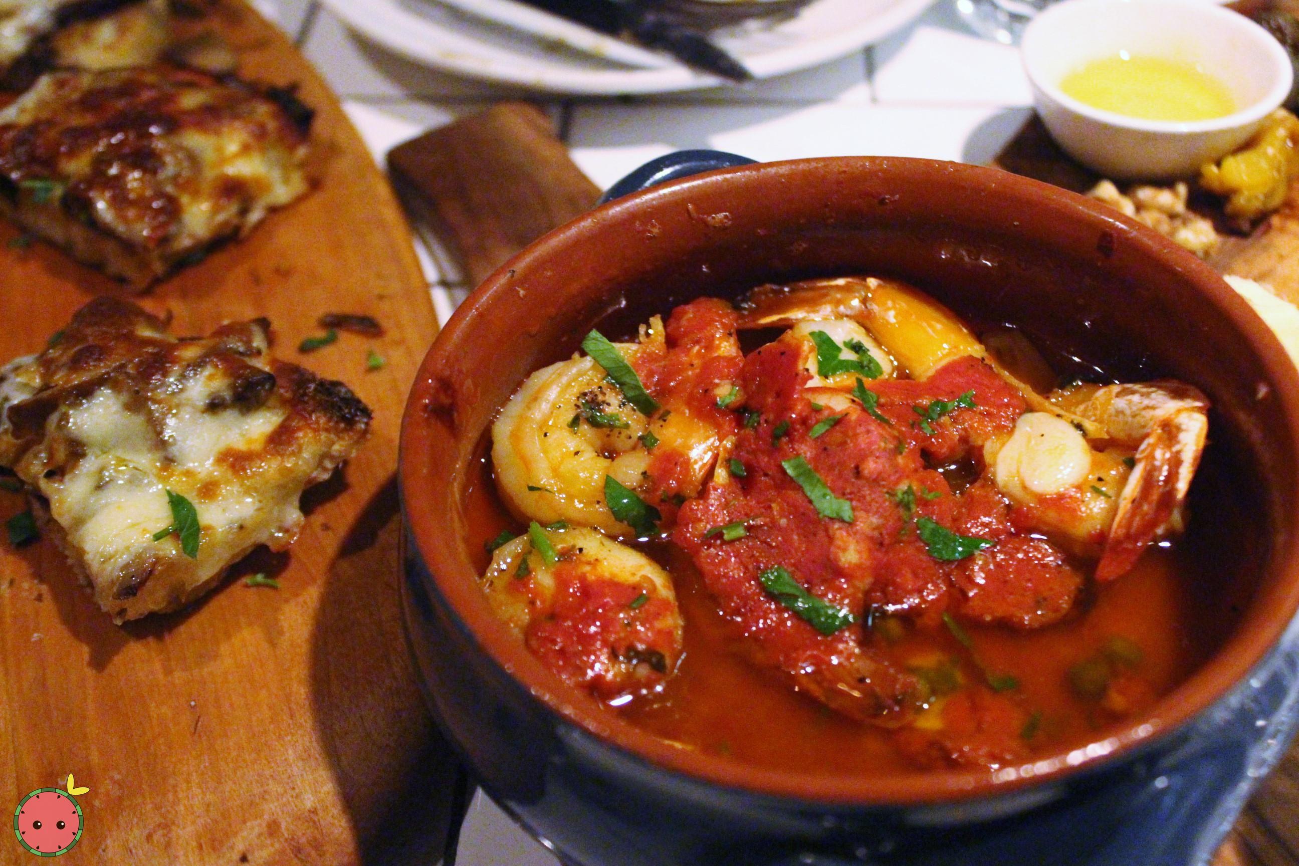 Gamberi e Aglio e Olio - Shrimp scampi, garlic, olive oil