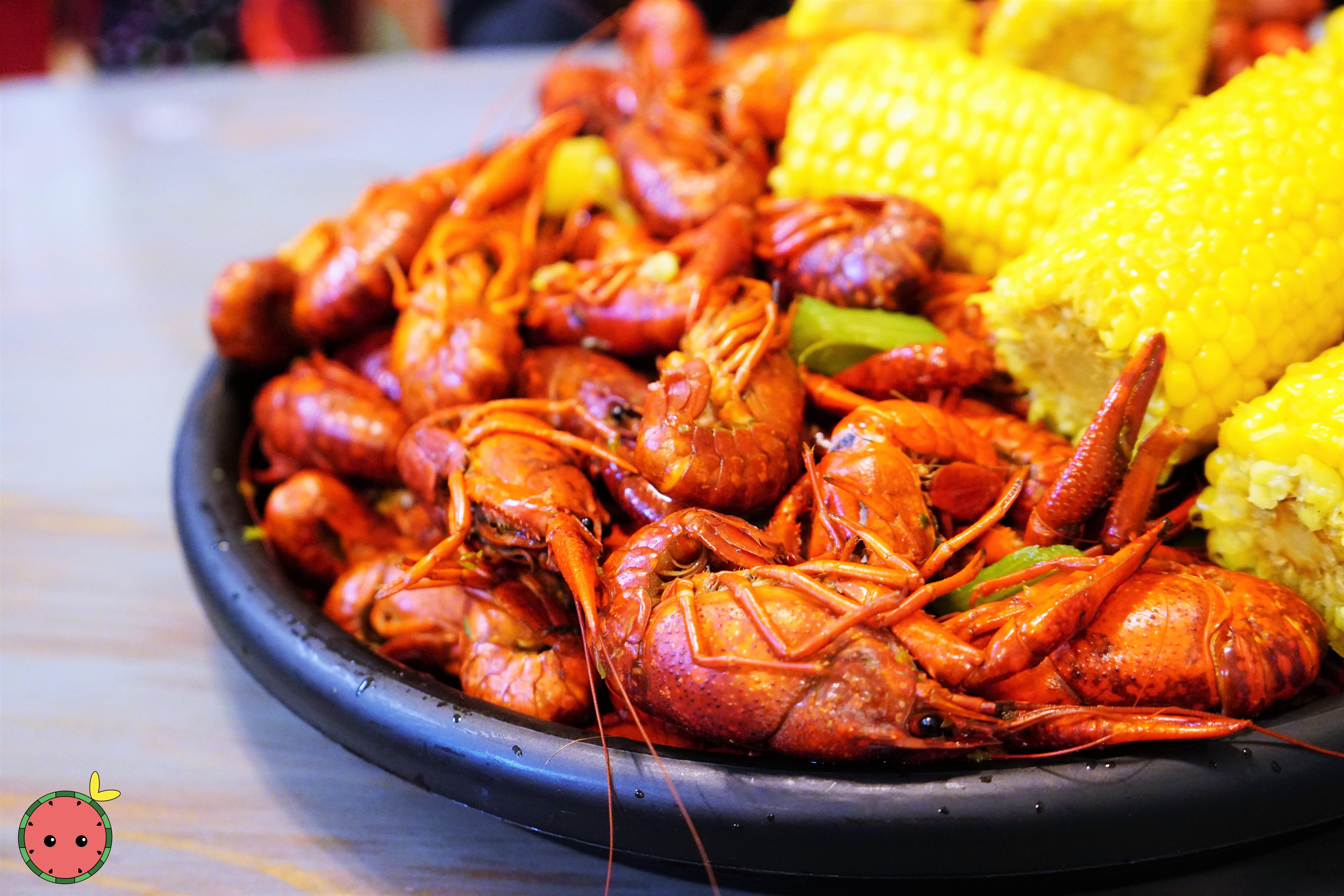 Crawfish (5lbs) & Corn (2)