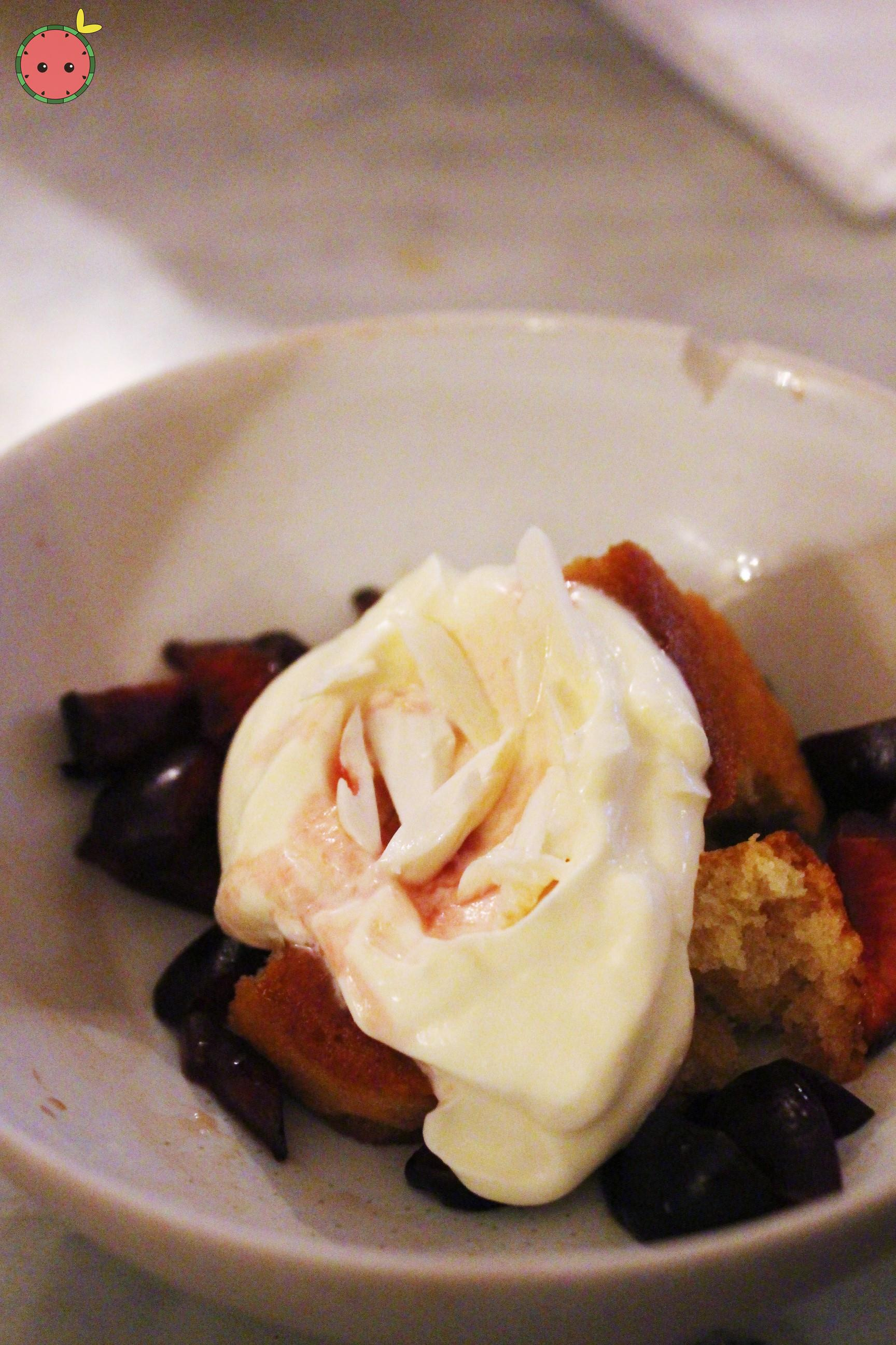 Almond cake, cherries, mascarpone, fresh almonds