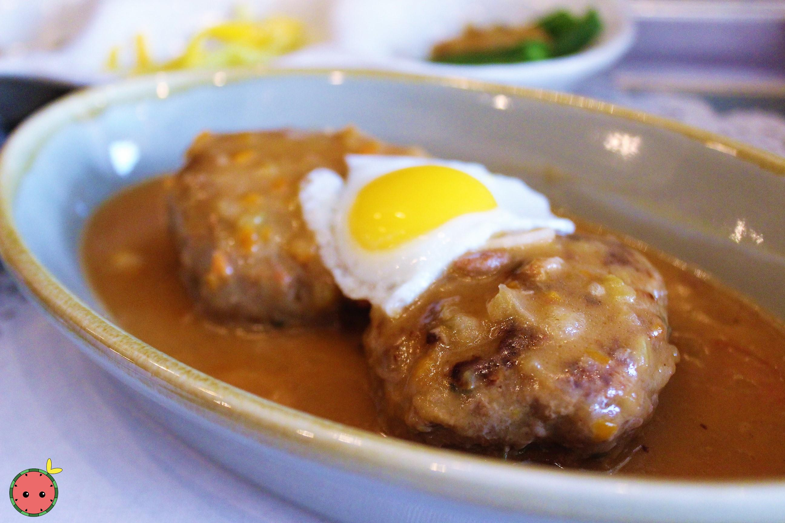 Hamburger Steak with Quail Egg (2)
