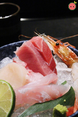 Sashimi Platter for One (2)