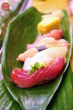 Bonito Fish, Pink Shrimp, Ika, Snow Crab, Scallops, Yellow Tail 2