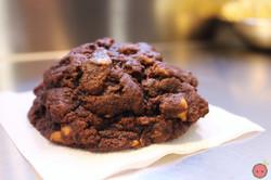 Dark chocolate peanut butter chip