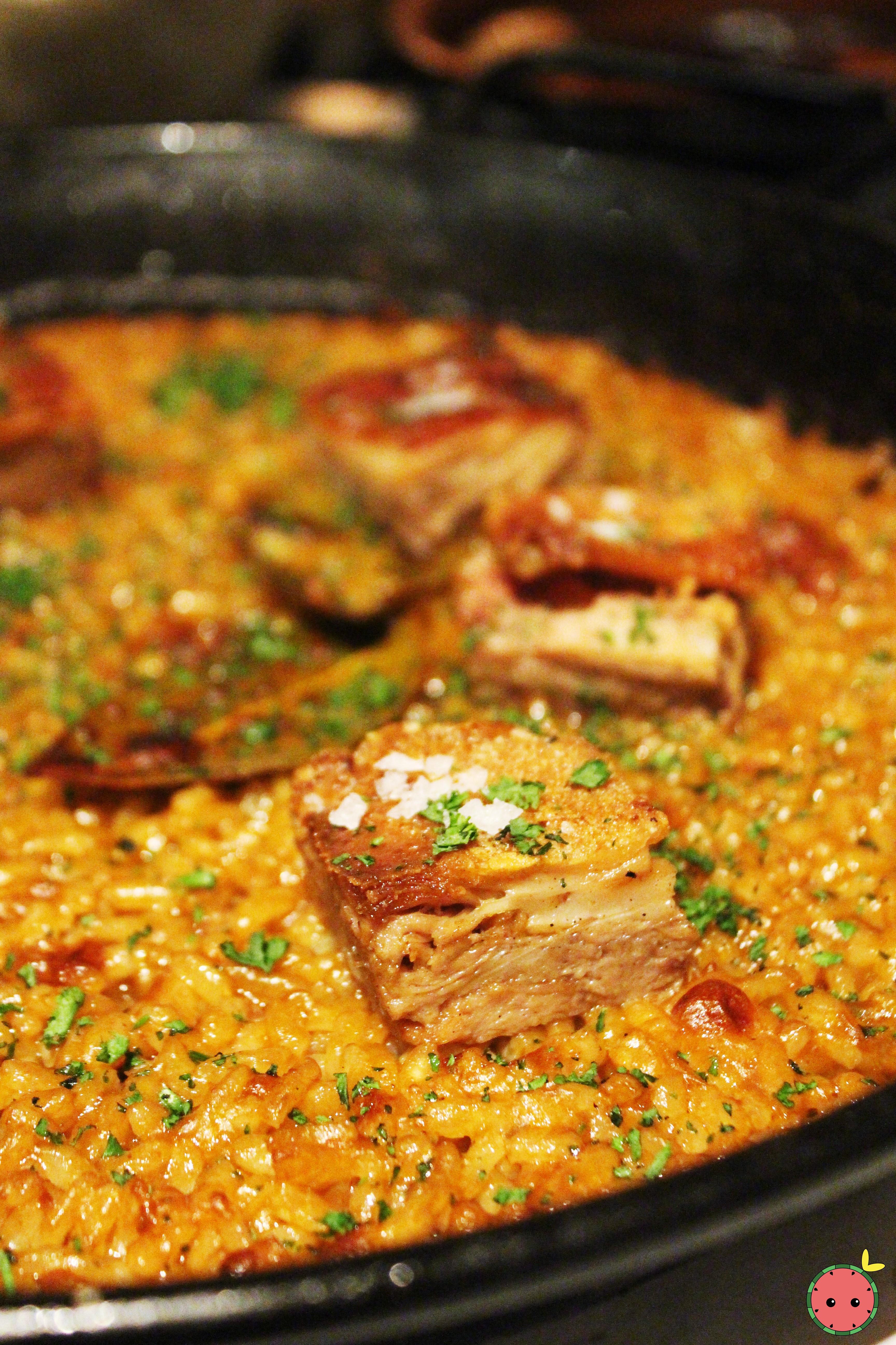 Paella de Cochinillo - Suckling pig paella