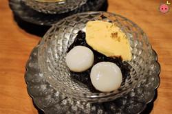 Cream Shiratama Zenzai Azuki Beans with Mochi Ball and Vanilla Ice Cream