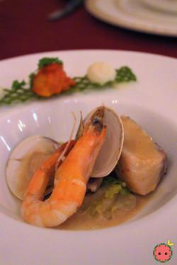 Seafood Platter - Shrimp, Cod, & Clam