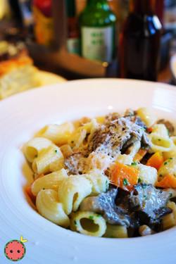 ICOB Rigatoni with Oyster Mushrooms, English Peas, & Ramp Butter