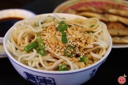 Cold Noodles Szechuan Style - Cold noodles flavored with vinaigrette 2