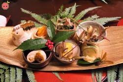 First Course of a Variety of Small Japanese Dishes (Carrot & Daikon Radish in Vinegar, Shirako, Hira