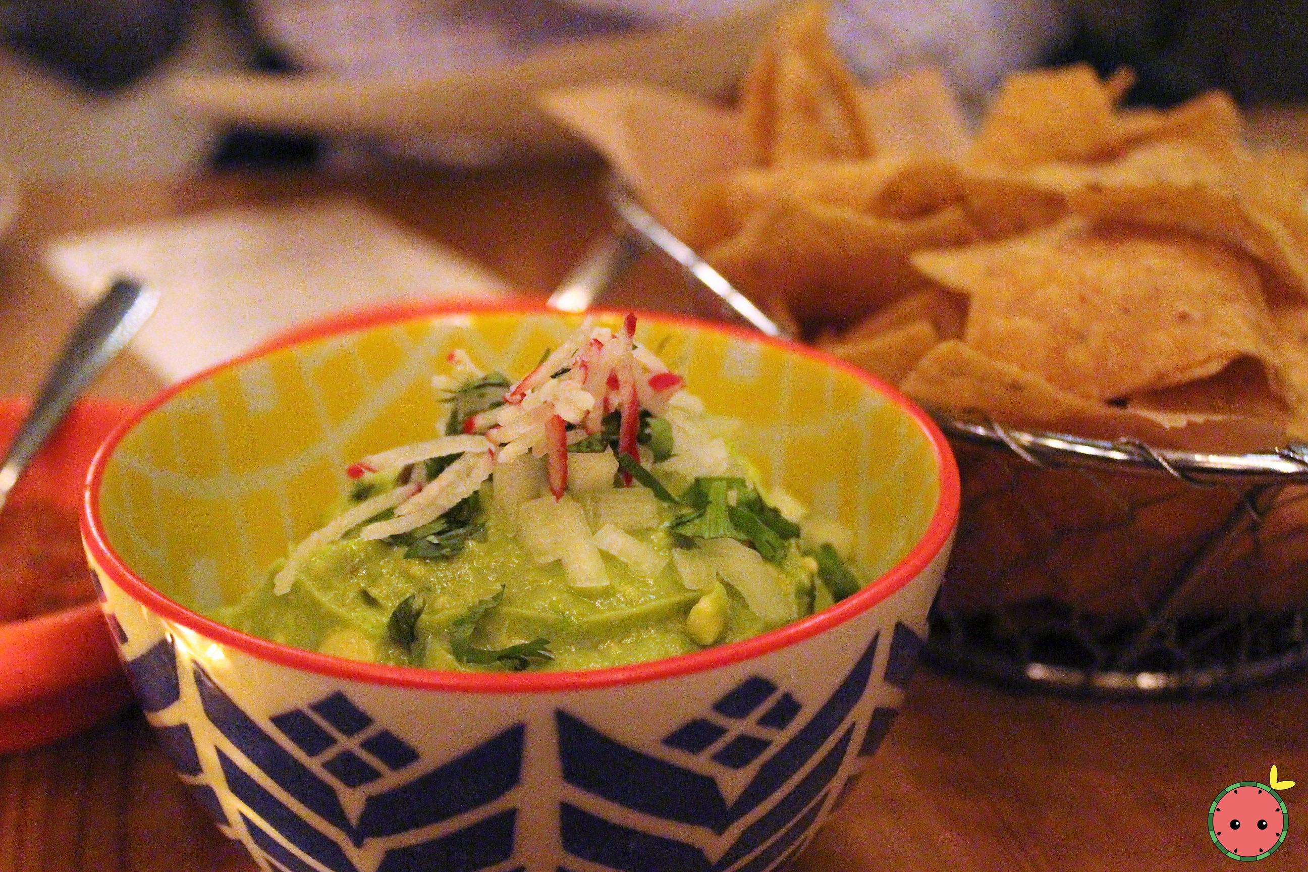 Guacamole, Salsa & Chips - Onion, cilantro, radishes