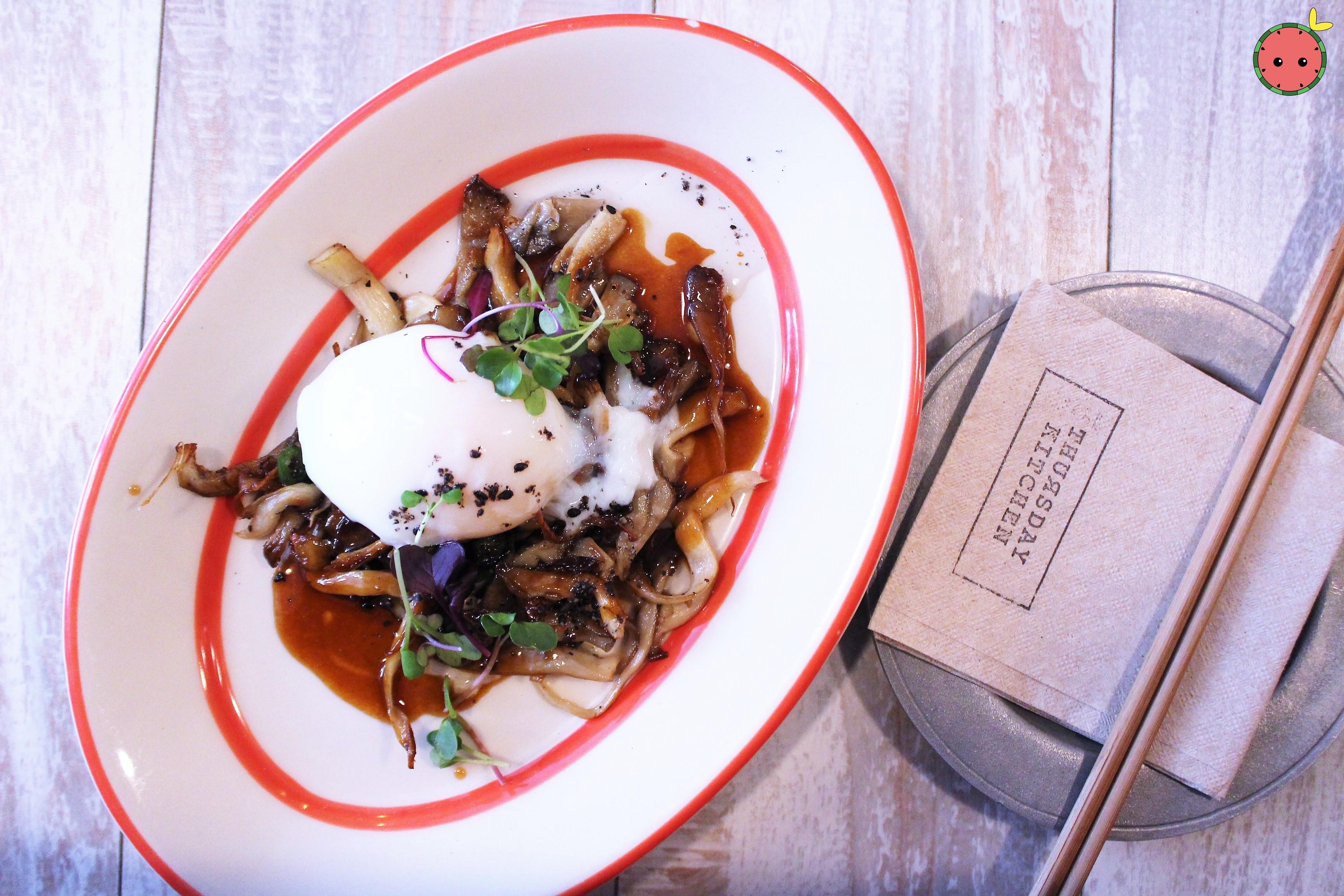 Mushroom_-_Sautéed_oyster_mushroom_with_poached_egg_and_truffle_infused_kabayaki_sauce