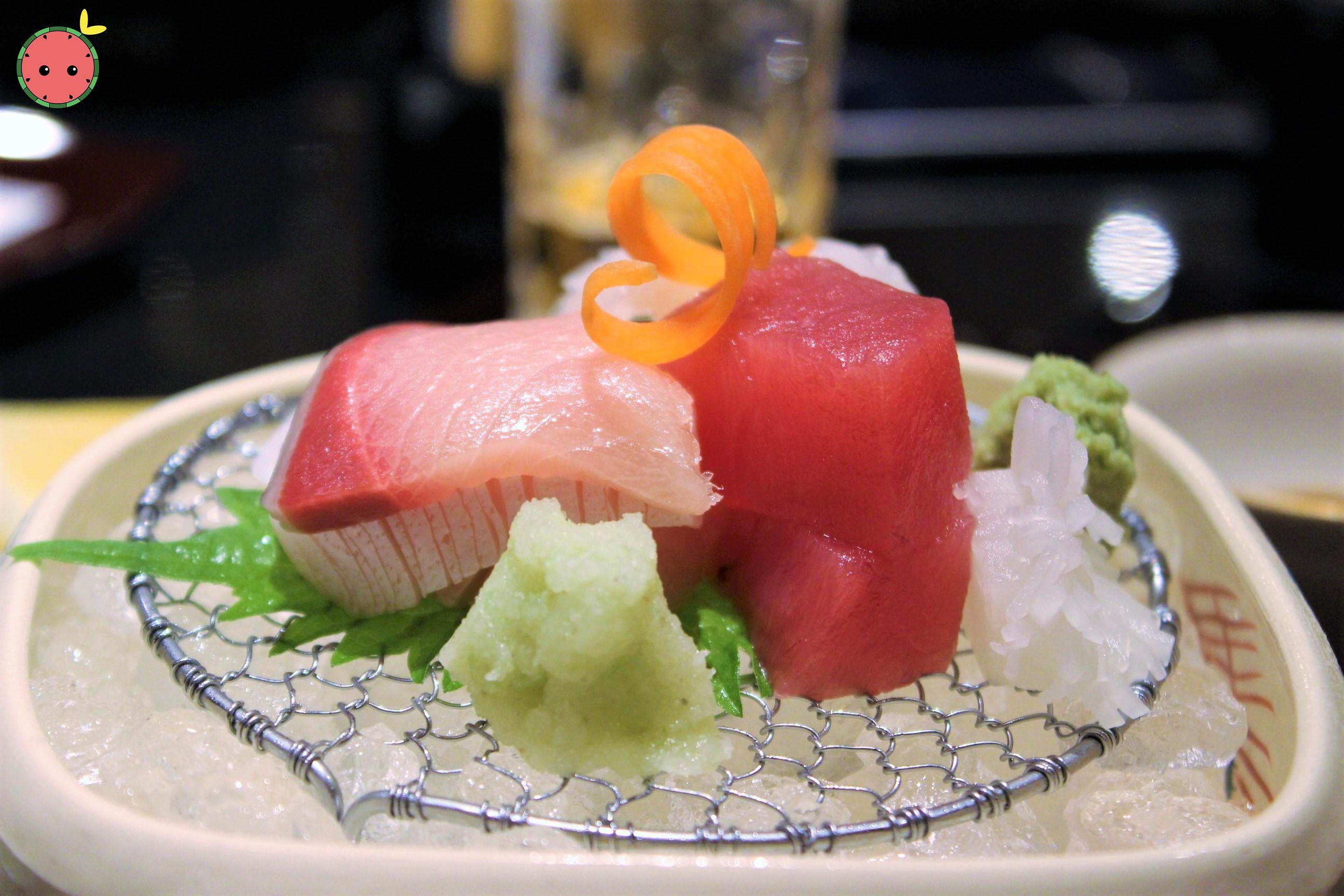 Assorted Sashimi (Hamachi, Akami, Ika) 2