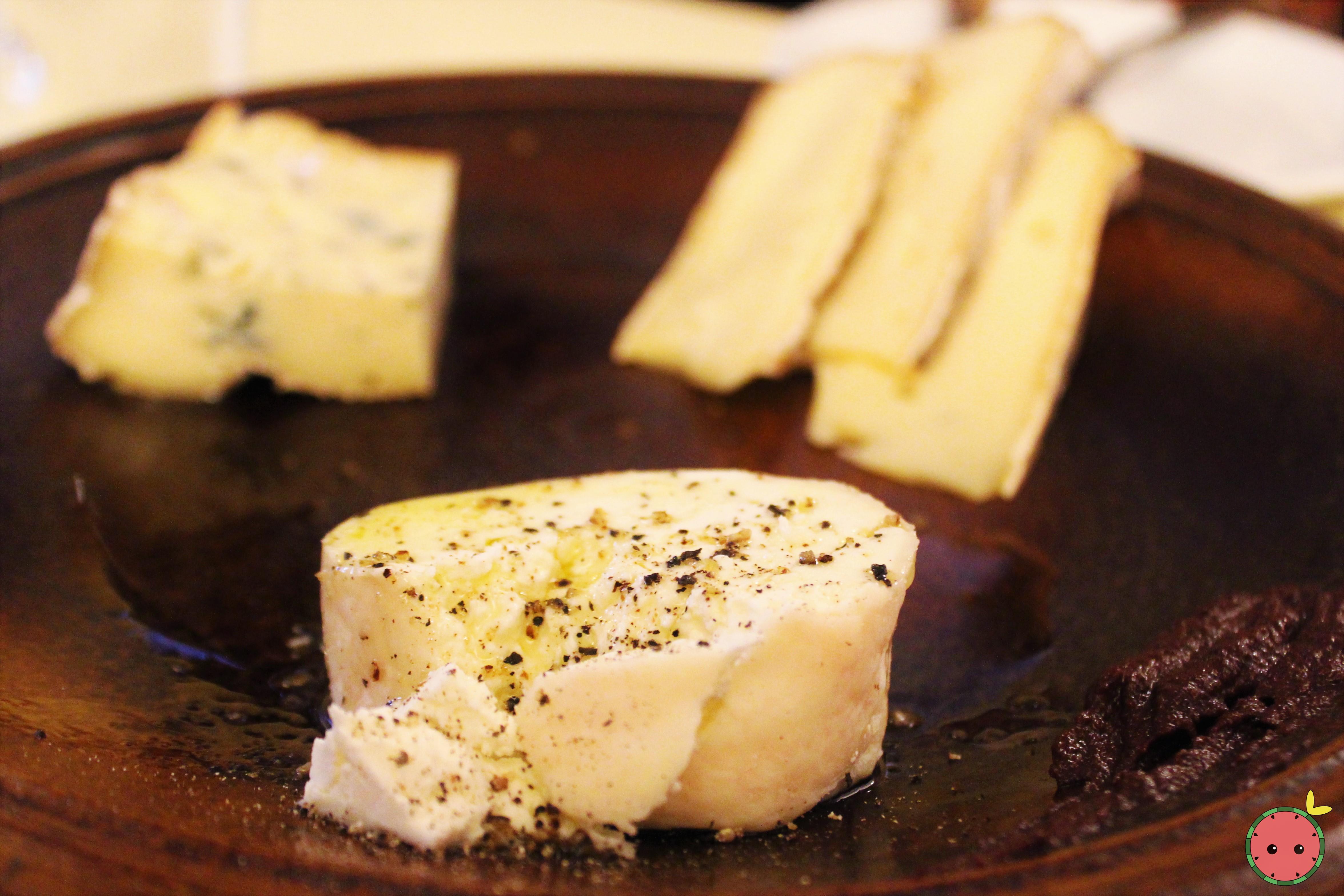 Cheese Plate - Saint Nectaire, fourme d'Ambert, Crottin de Chavignol