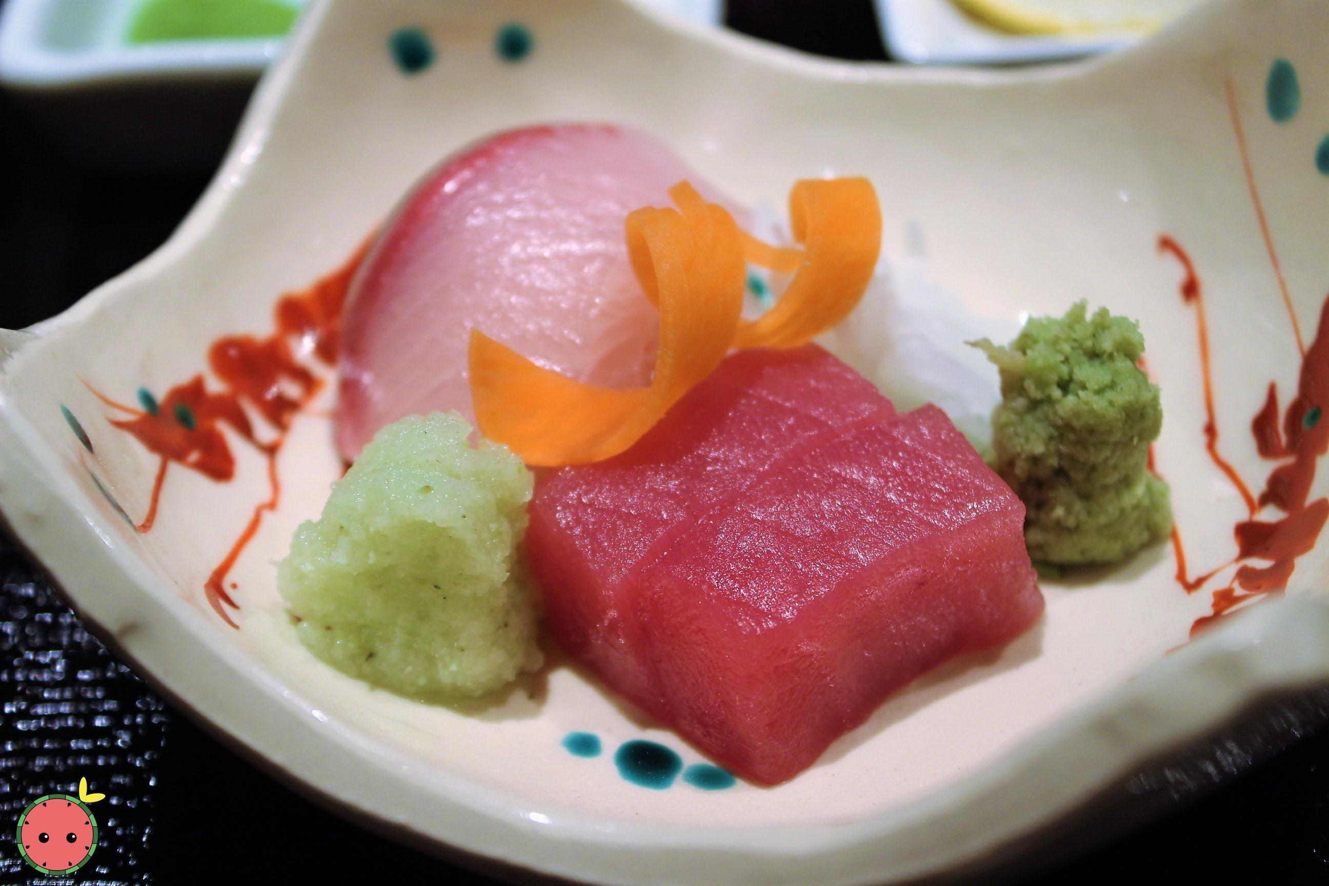 Assorted Sashimi (Hamachi, Akami, Ika) 3
