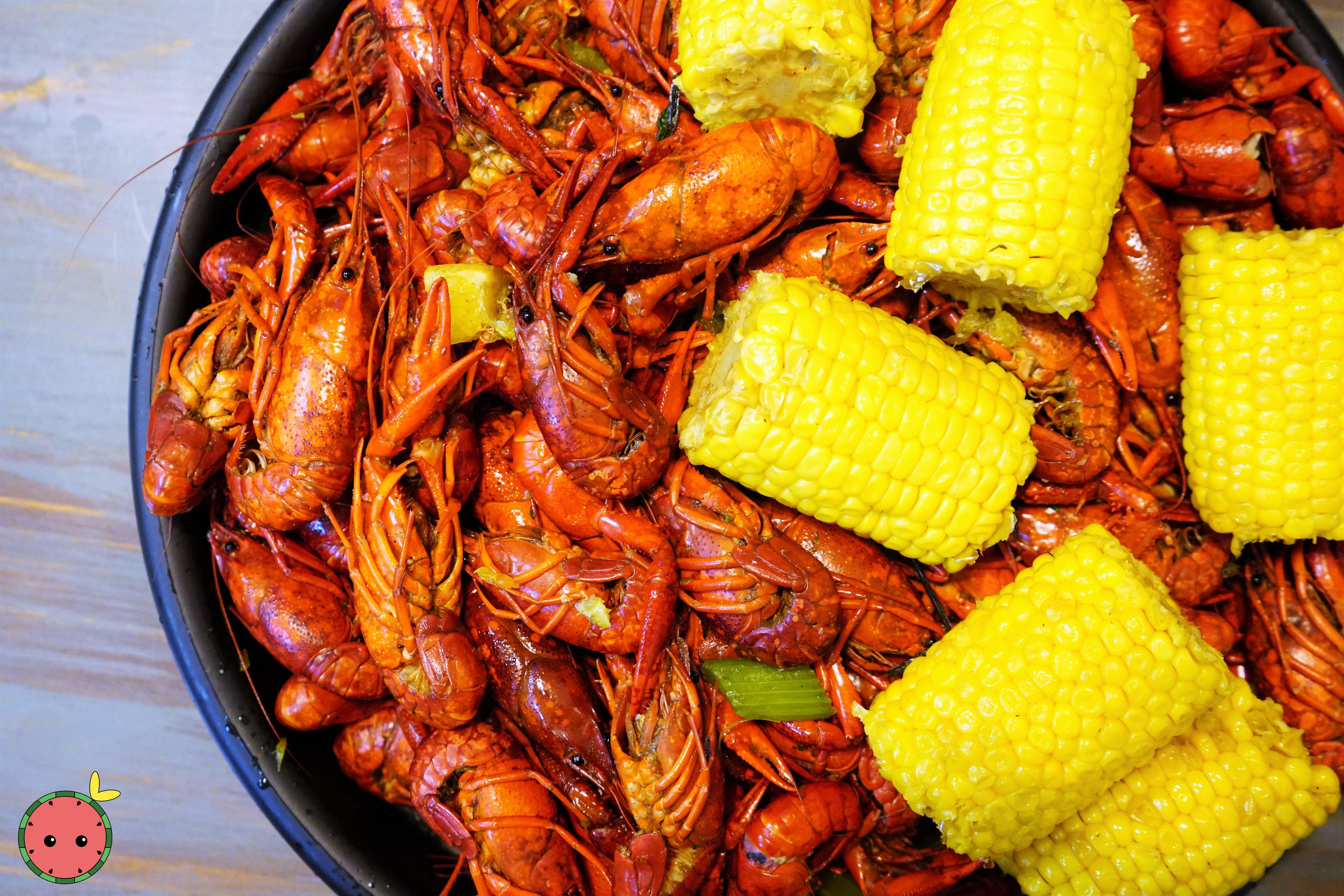 Crawfish (5lbs) & Corn