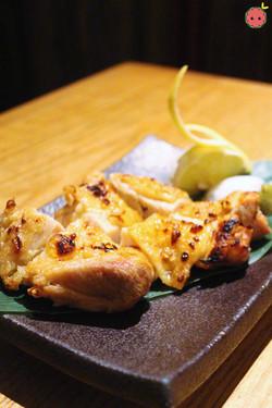 Jidori Shioyaki - Grilled organic free range chicken served with sea salt and yuzu citrus pepper