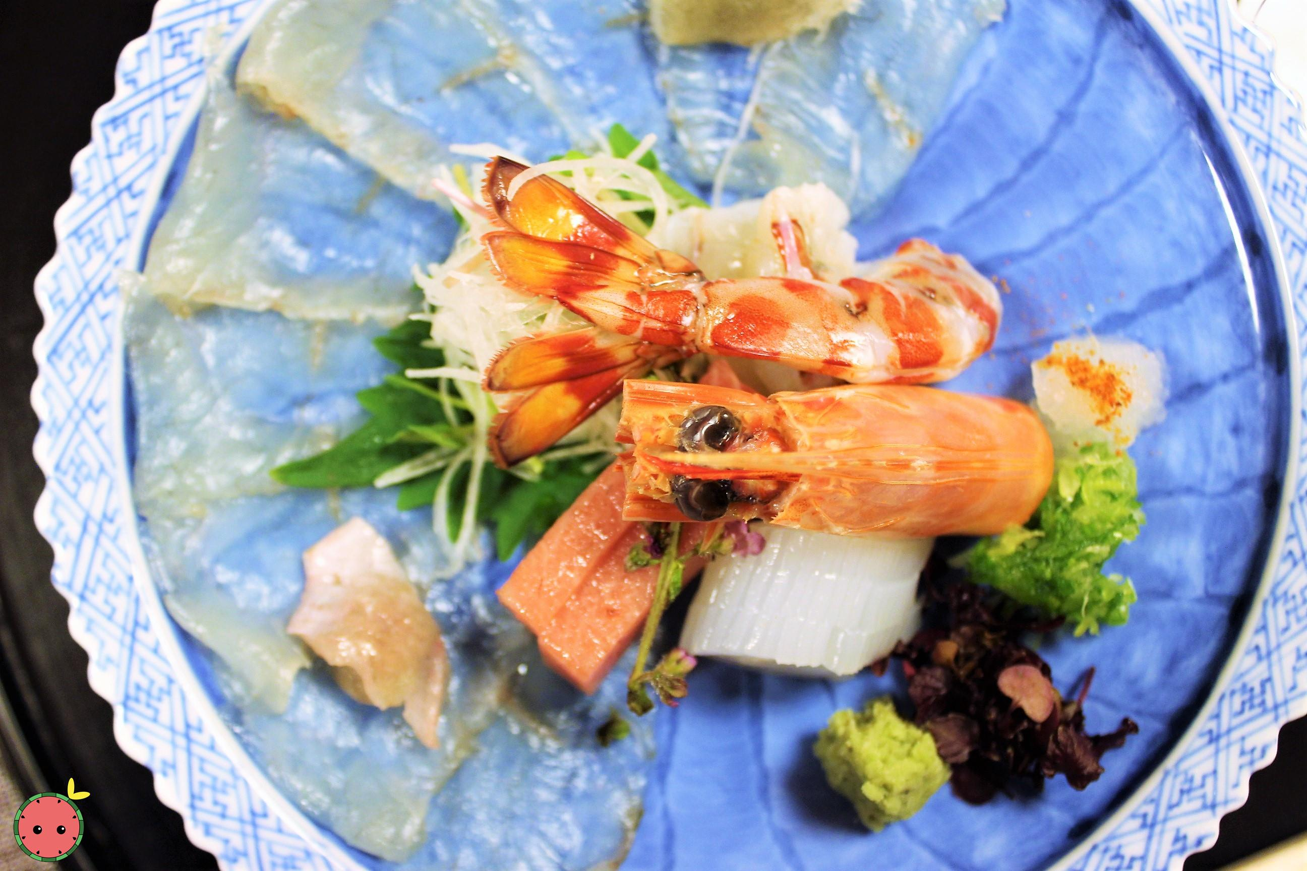 Mukozuke - Assorted seasonal sashimi (2)