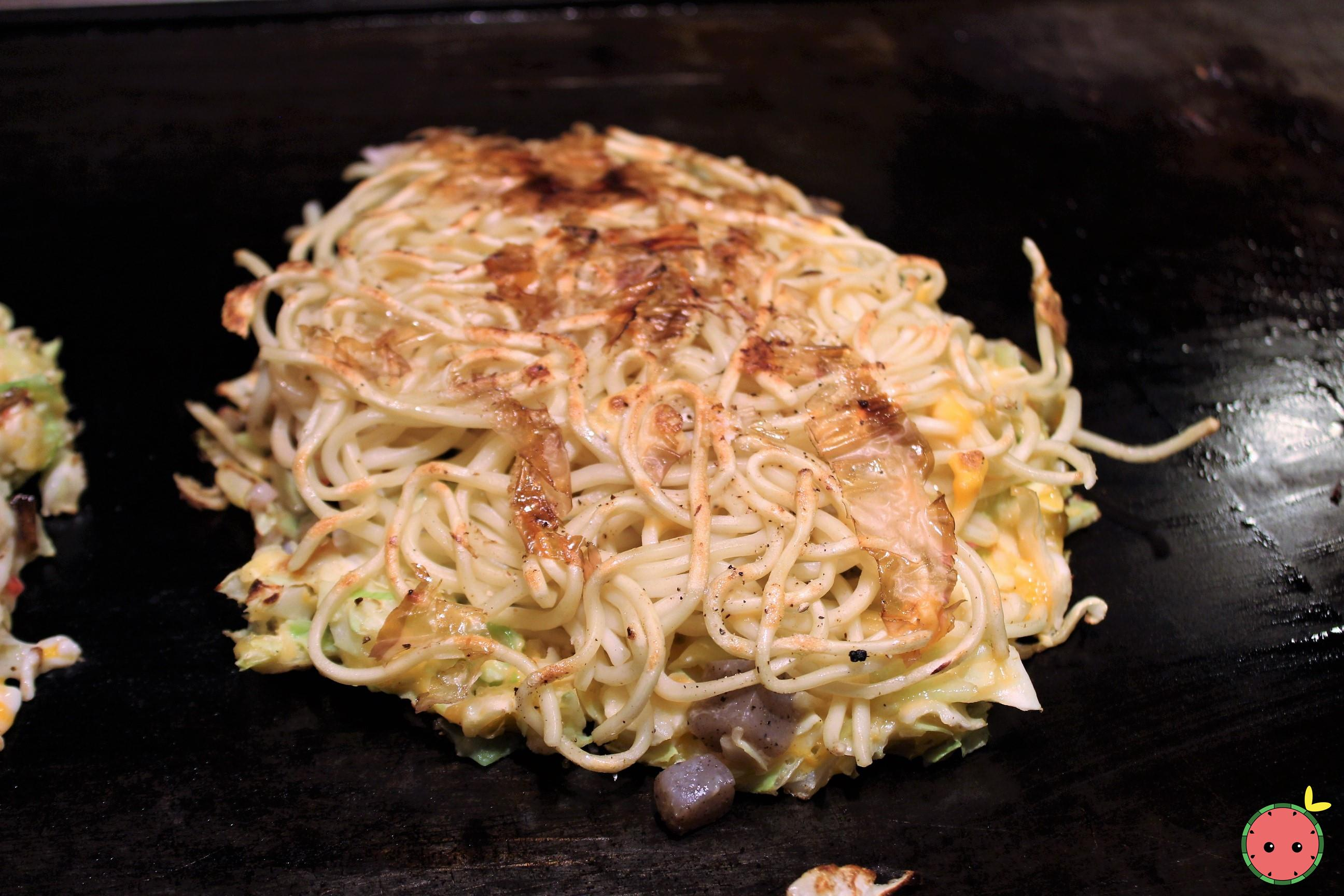 Modan-Yaki with Shrimps and Scallops 2