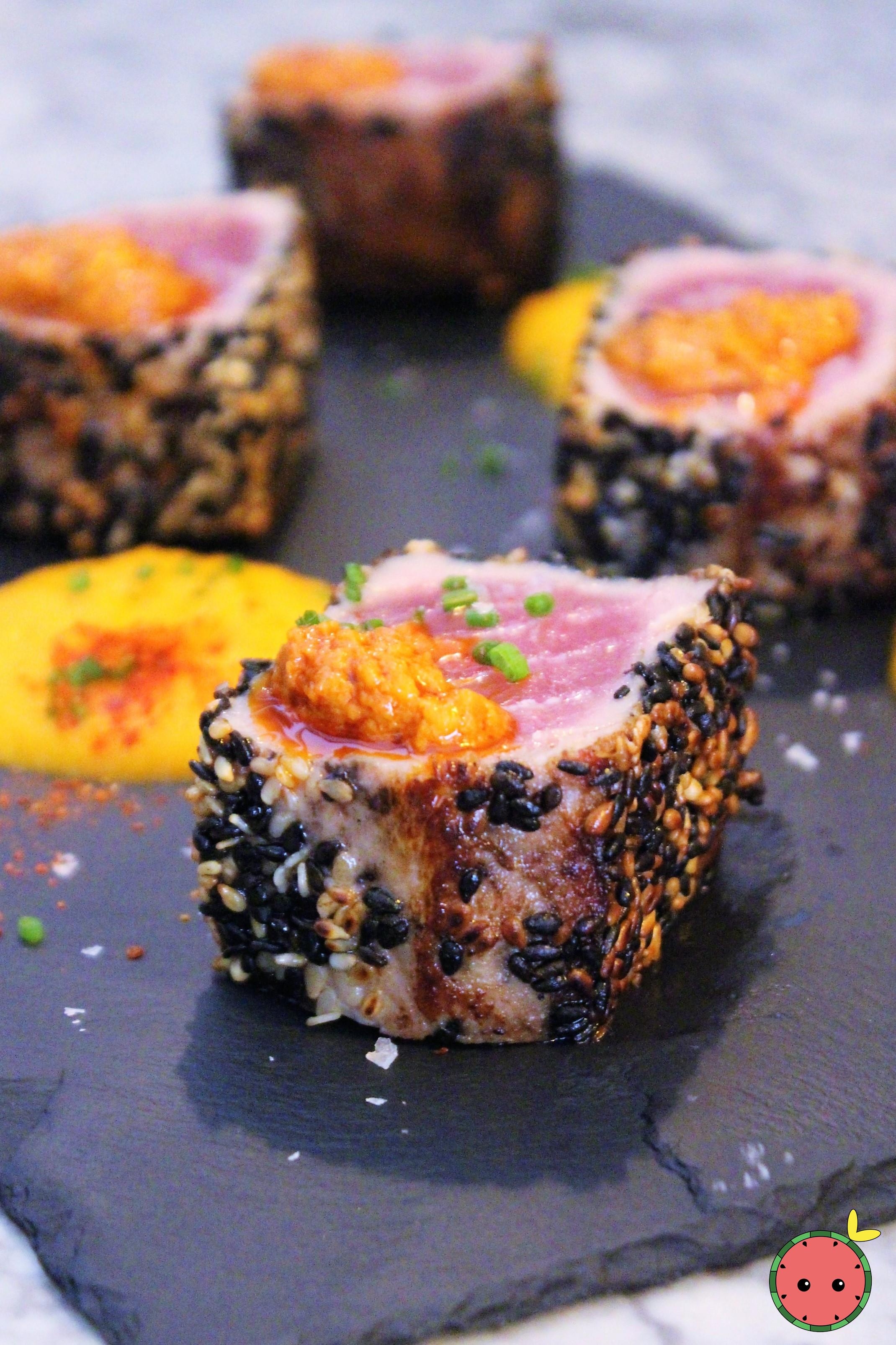 Tuna_dices_breaded_in_sesame_with_sweet_potato_purée_and_honey
