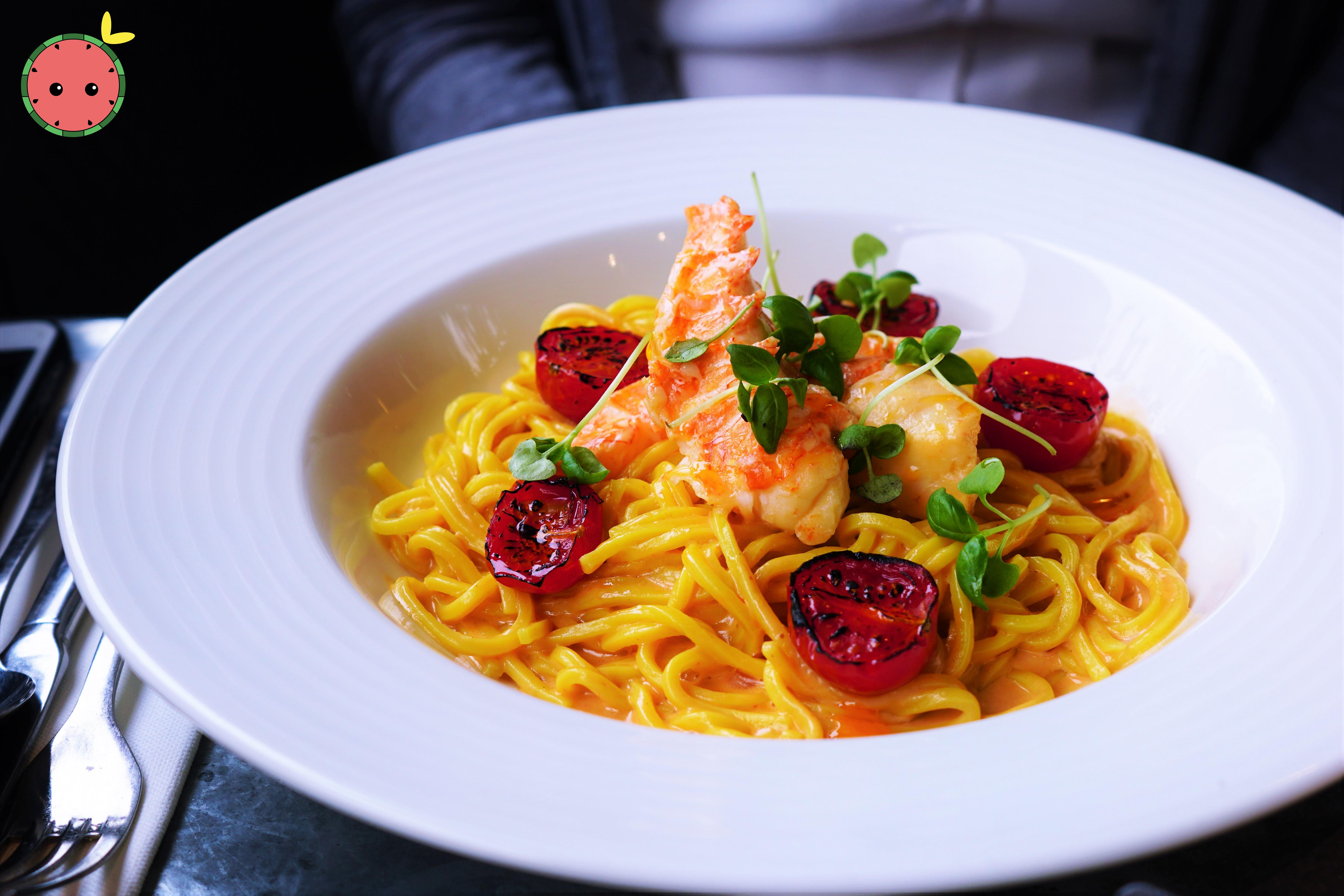 Lobster Spaghetti with Lobster Bisque, S