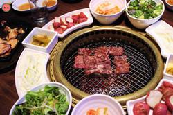 Combo 1 BBQ - Seng galbi, marinated galbi, bulgogi, ribeye (1)