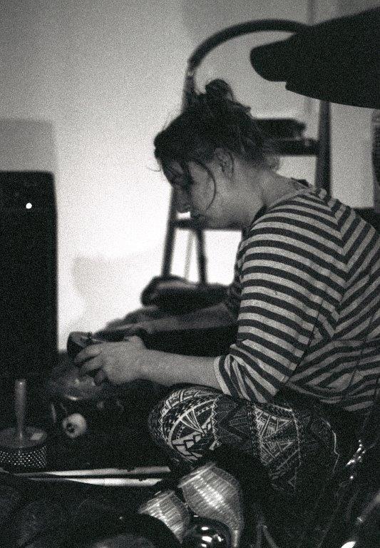 Laura Harris - Meta #13
