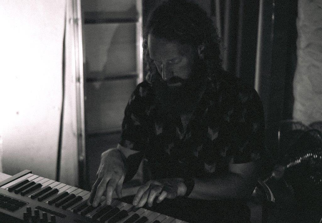 Laura Harris - Meta #12