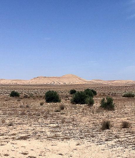 Route vers Tozeur, Paysage Berbère de Tunisie.