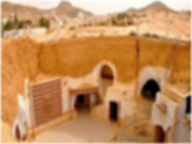 De Djerba. Maisons Troglodyte de Matmata. Tunisie. jpg