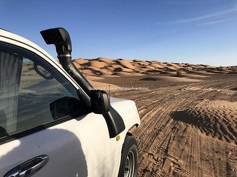Le 4X4 dans le désert Tunisien, depuis Zarzis.