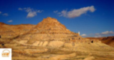 Trek a Tataouine nuit en gite troglodyte a Douiret et désert départ de djerba Tunisie, Grand-Sahara-Aventures.jpg