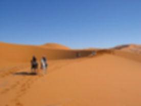 Randonnée à cheval dans le désert Tunisien. jpg