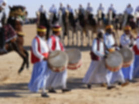 Festival du Sahara de Douz, les musiciens. jpg
