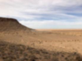 Montagne Tembaine, De Tozeur. jpg