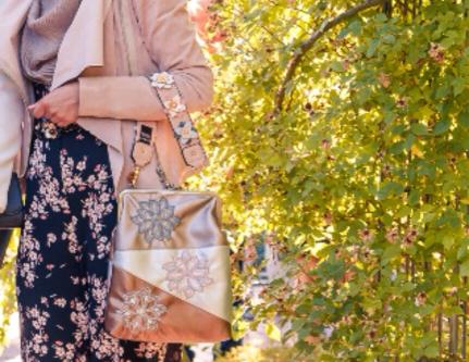 Bügel-Umhänge-Tasche Elegant bestickt