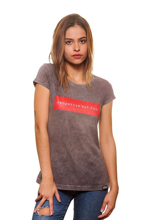 T-shirt Estonada Dangerous