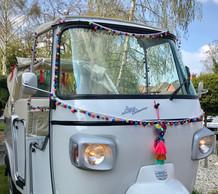 PomPom TukTuk Wedding Car