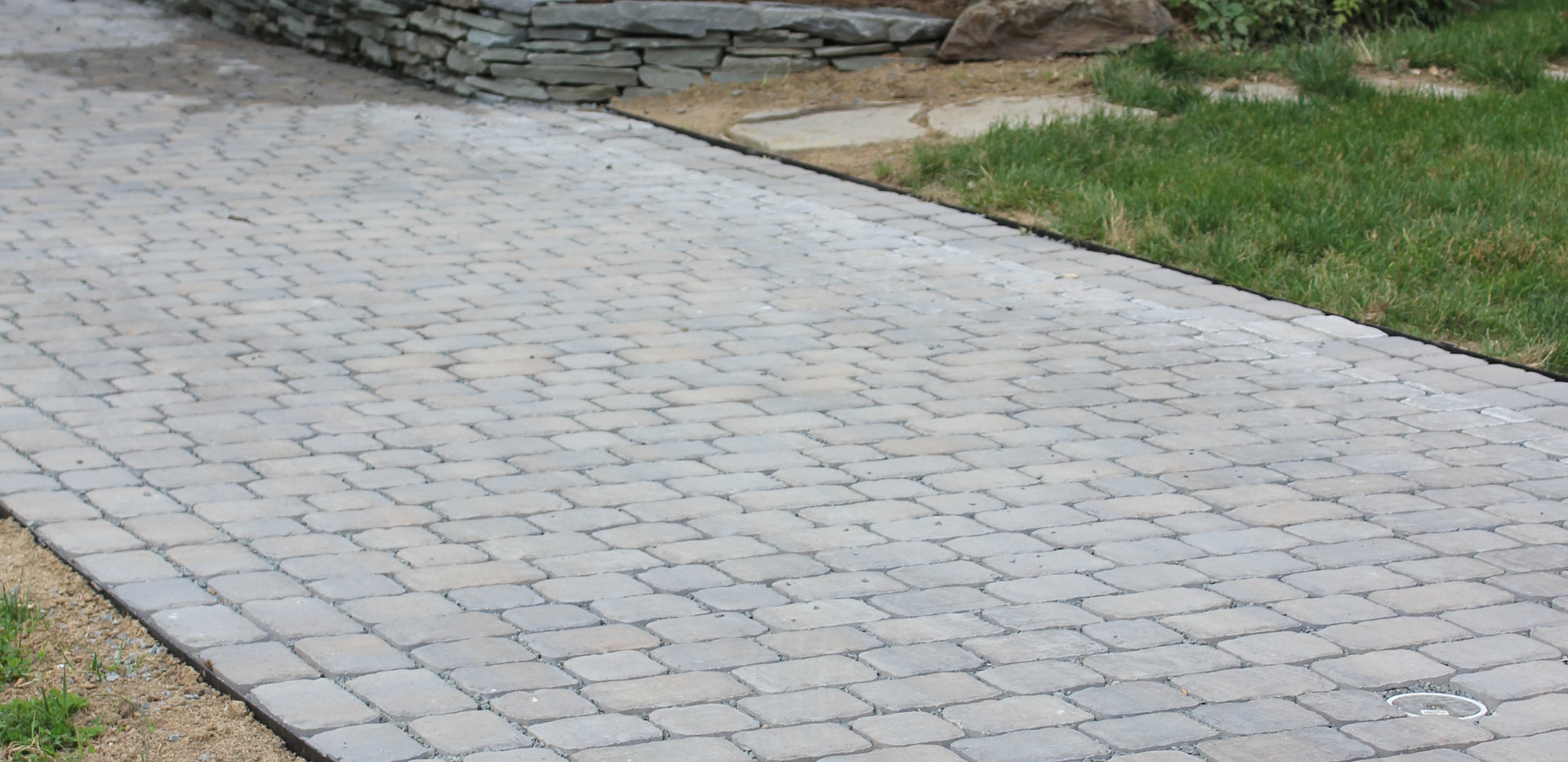 Permable paver driveway