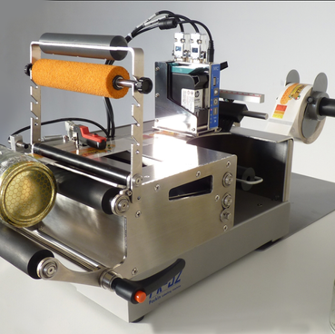PK-52 semi-automatic label applicator for cylindrical containers