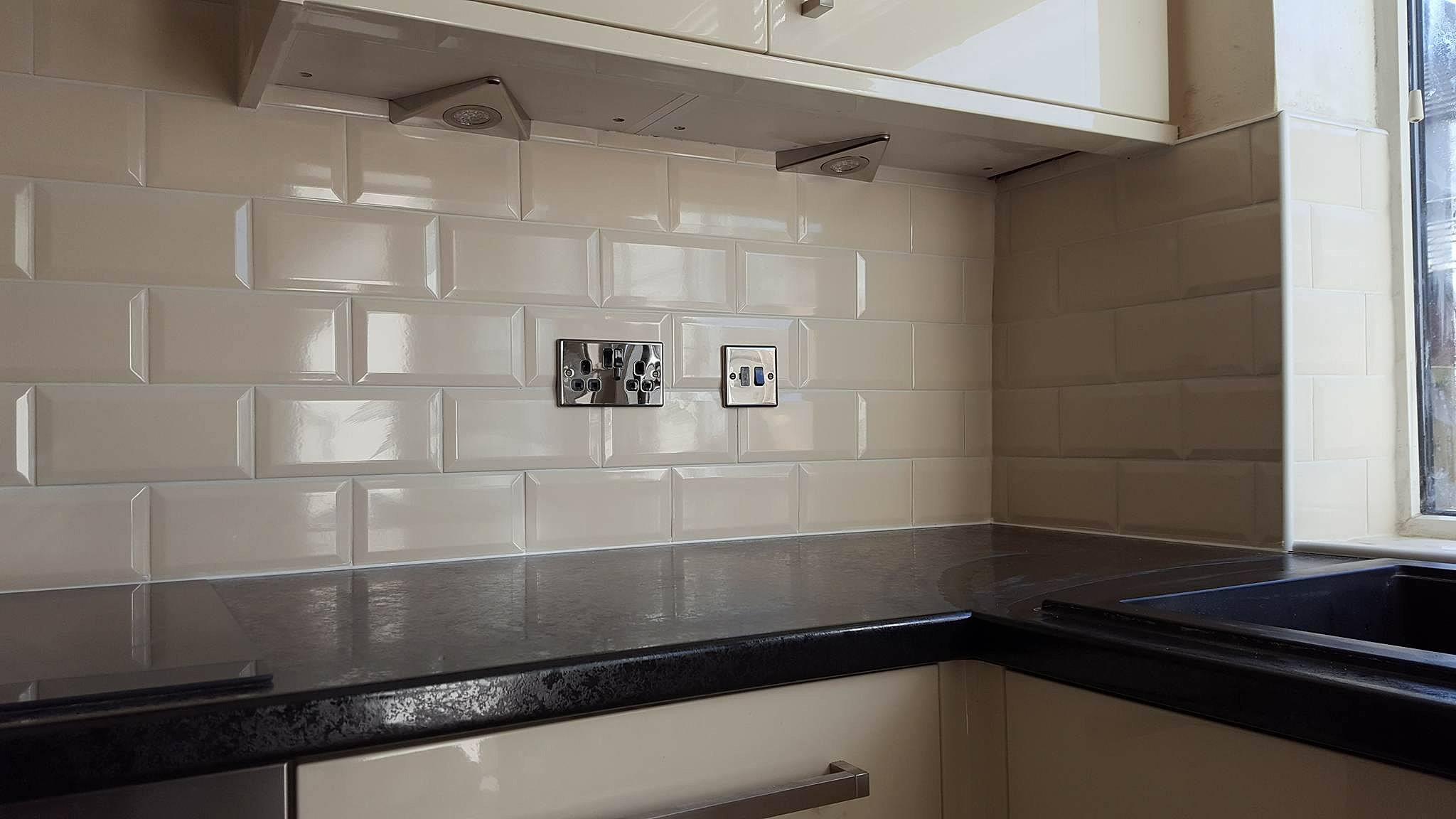 Wickes Kitchen Floor Tiles Tomahawk Tiling Tiling Services In Barnsley Tiler In Barnsley