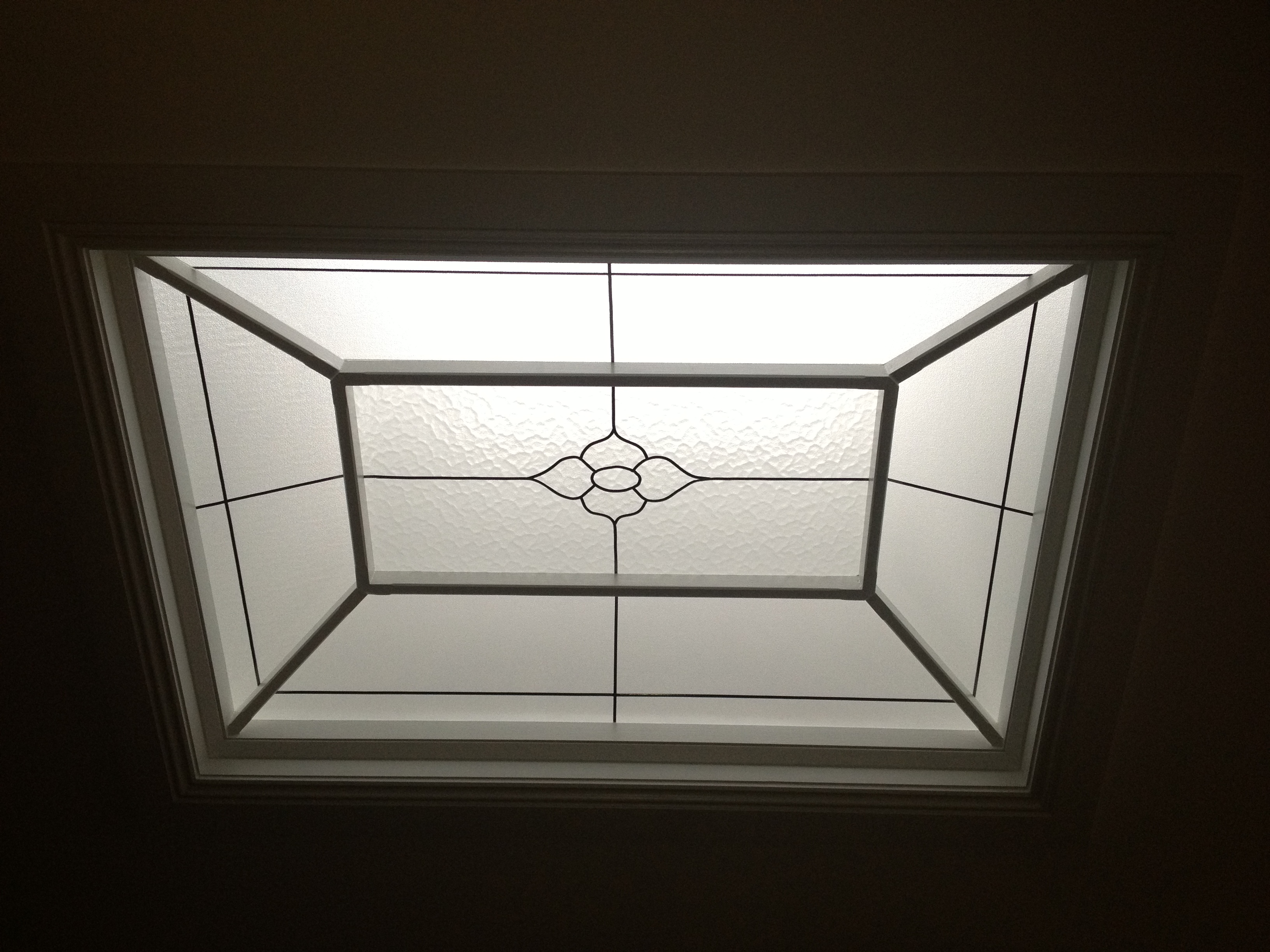 Cage skylight with leadlight