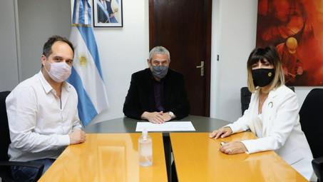 Tucumán: se construirán viviendas para adultos mayores y familias rurales