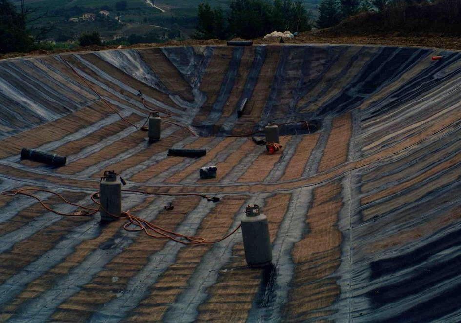 Limite S/Arno Bacino idrico artificiale di Castra