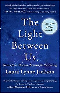 the-light-between-us-books-deyja-intercu